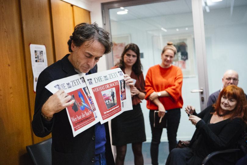 Giovanni di Lorenzo im Gespräch mit den Freunden der ZEIT beim Redaktionsbesuch