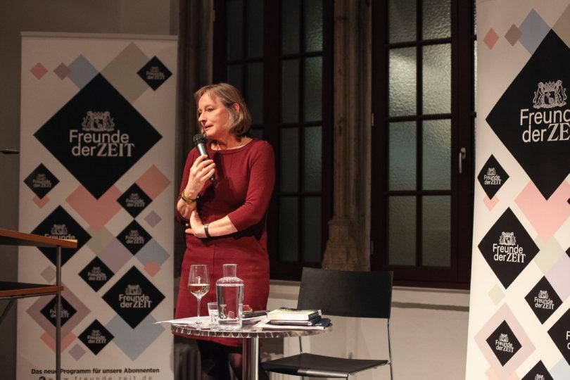Die ZEIT Feuilleton-Redakteurin Dr. Elisabeth von Thadden