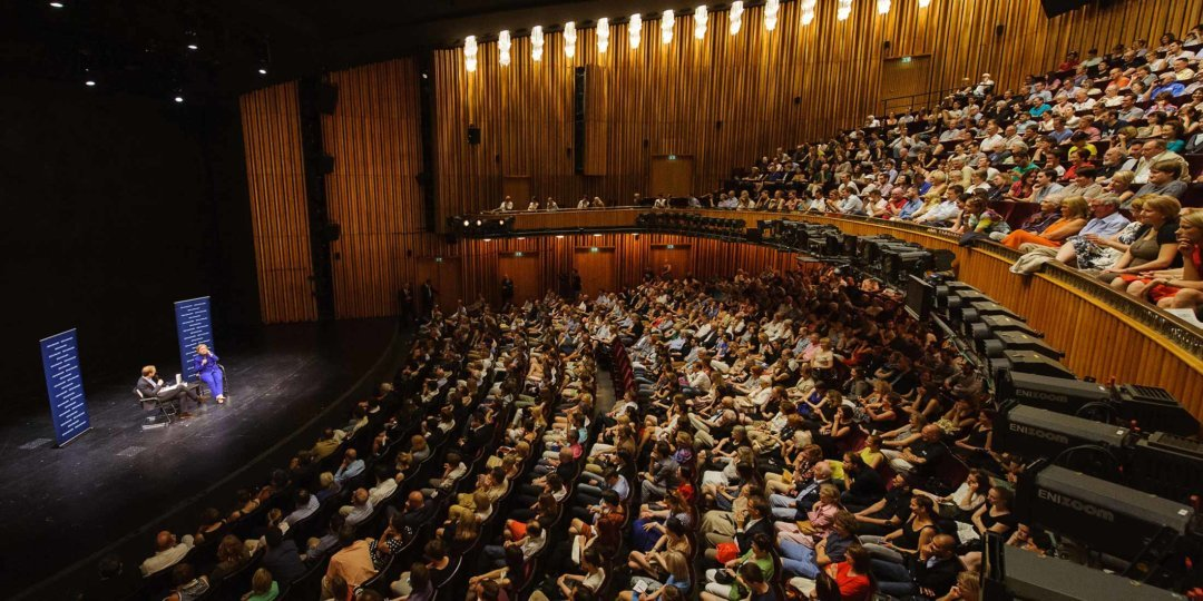 Das Publikum im Schiller Theater Berlin