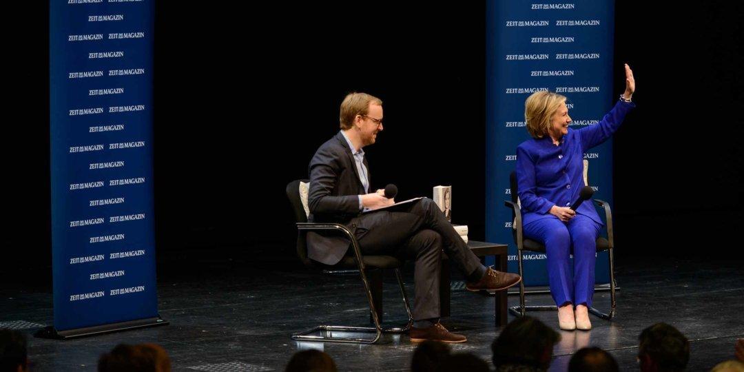 Hilary Clinton im Gespräch mit Christoph Amend