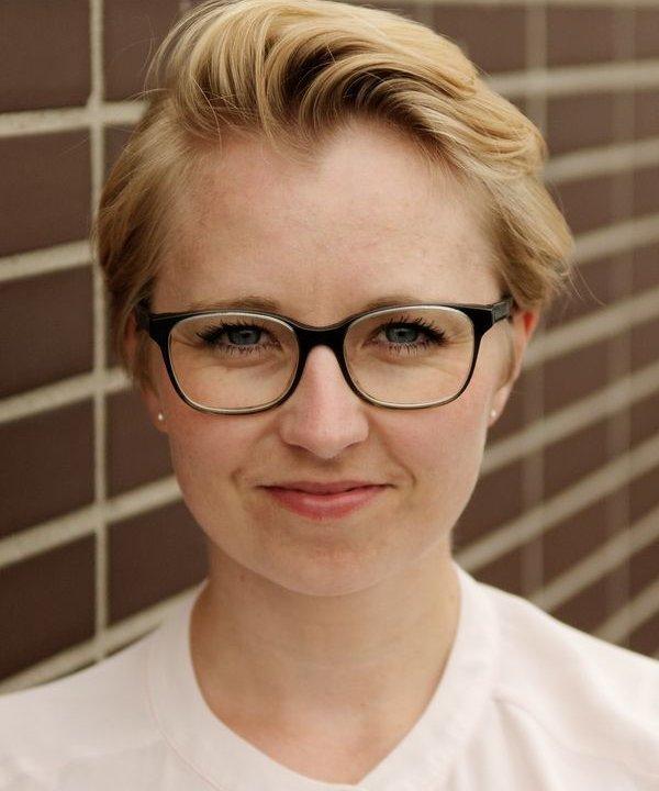 Dr. Anna-Lena Scholz
