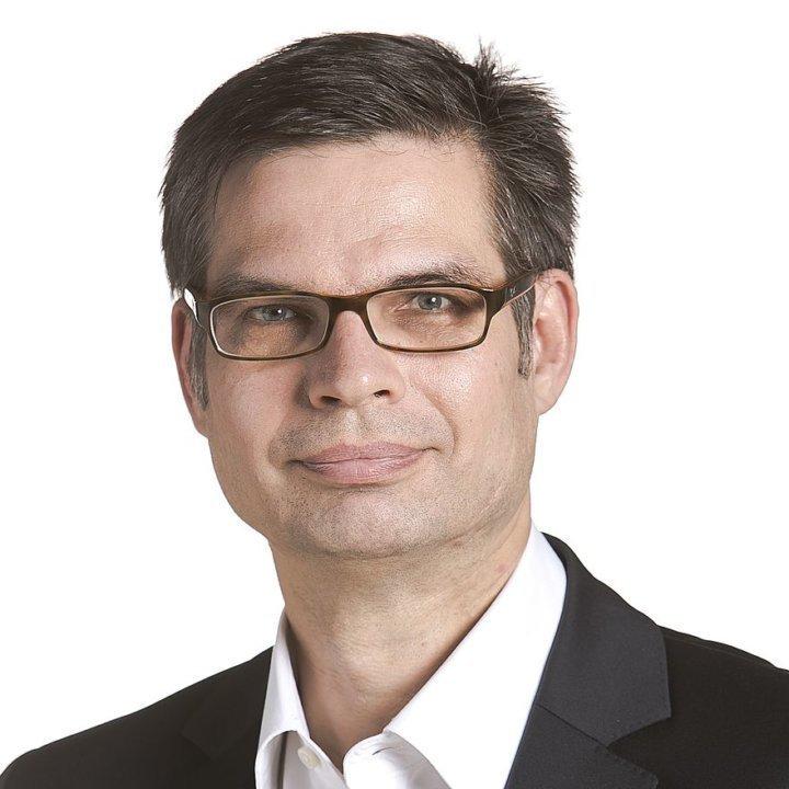 Dr. Dirk Voeste
