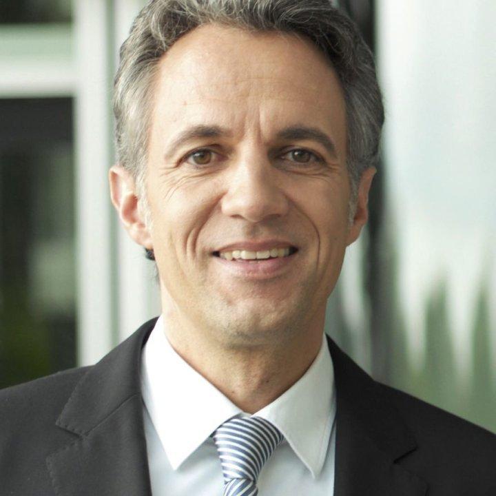 Dr. Joerg Draeger