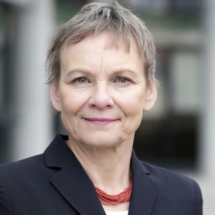Prof. Dr. Sabine Kunst