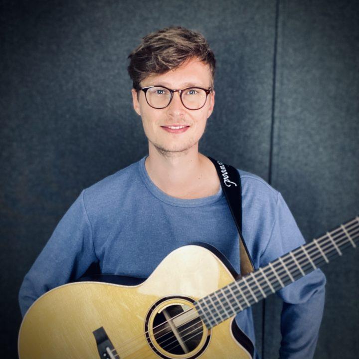 Lukas Linder Portrait
