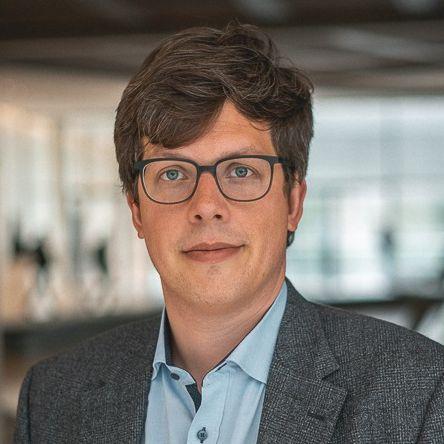 Dr. Lukas Koehler