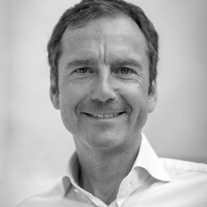 Dr. Frank Niederlaender
